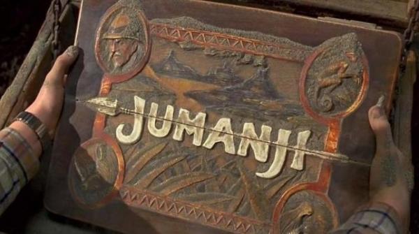 Времейке «Джуманджи» проклятую настольную игру заменит компьютерная