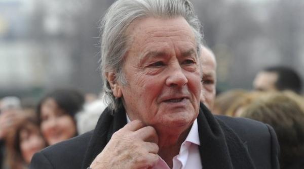 Ален Делон отказался менять Полански напосту президента премии «Сезар»