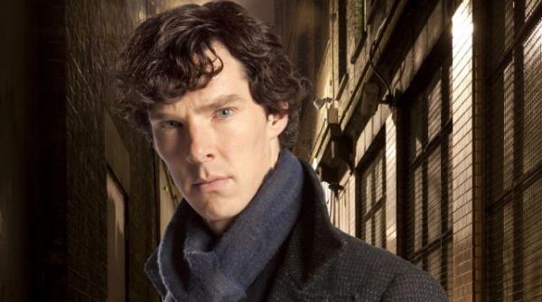 Камбербэтч рассказал обопасностях фанатских теорий осюжете «Шерлока»