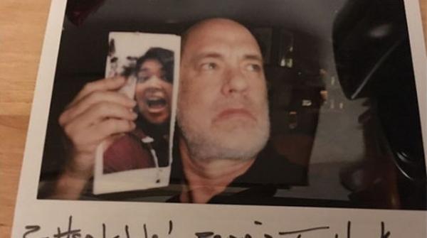 Жительница Канады получила необычное фото отТома Хэнкса