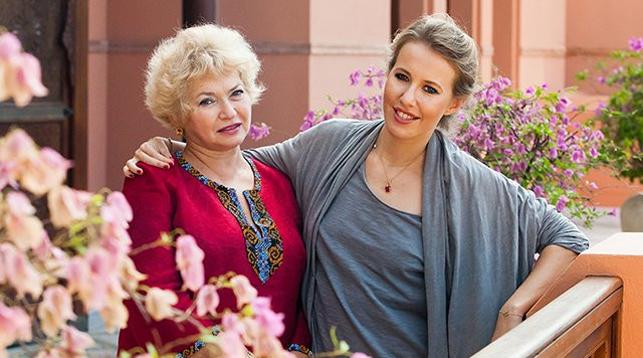 Мать Ксении Собчак поражается методам обучения внука