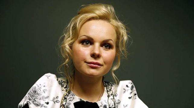 Бывшая солистка «Ленинграда» Алиса Вокс презентовала альбом «Сама»