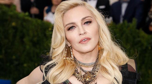 58-летняя Мадонна расстроила фанатов снимком без макияжа
