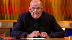 """""""Первый канал"""" объяснил исчезновение передачи Познера из эфира"""