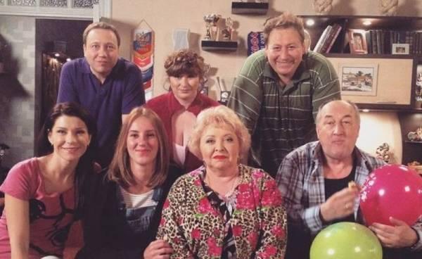 """Сериал """"ВОРОНИНЫ"""" (12+)."""